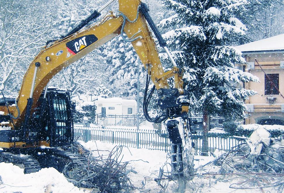 scavatore demolizioni htr
